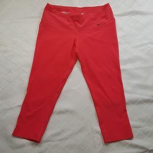 Nike Dri-fit women's leggings capri